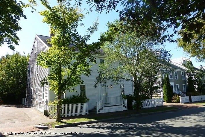 45B Pleasant Street