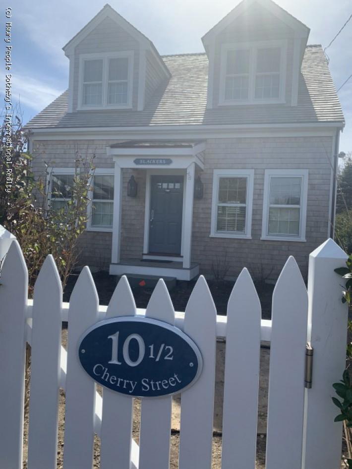 10.5 Cherry Street A