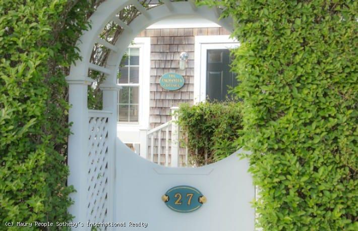 27 North Beach Street