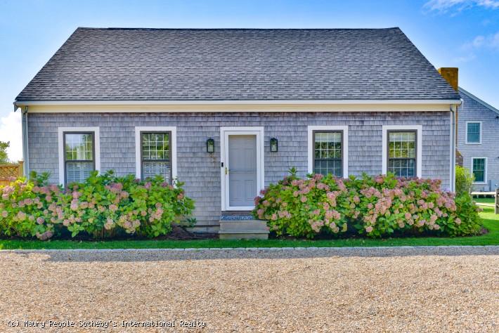 37 Cato Lane House