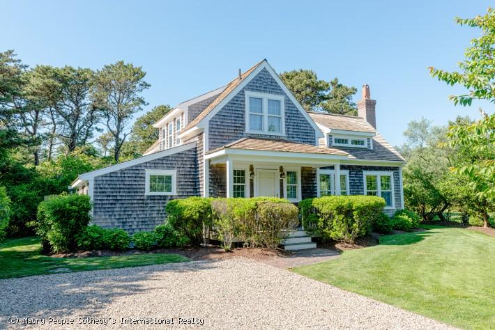 2 Drew Lane Main House & Cottage