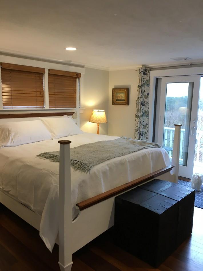 1A Pochick Avenue - Guest House