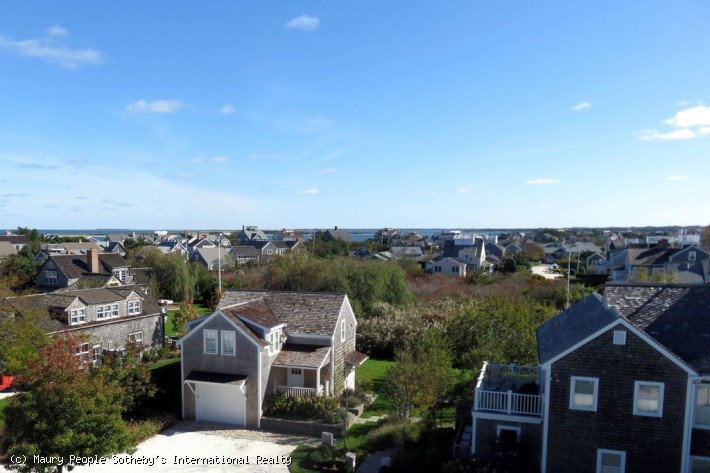 24 Brant Point Road