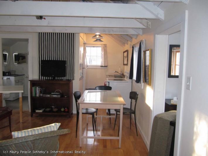 25B Washington Street- Cottage (Cottage)