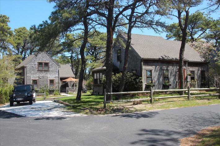 14 The Grove Main House